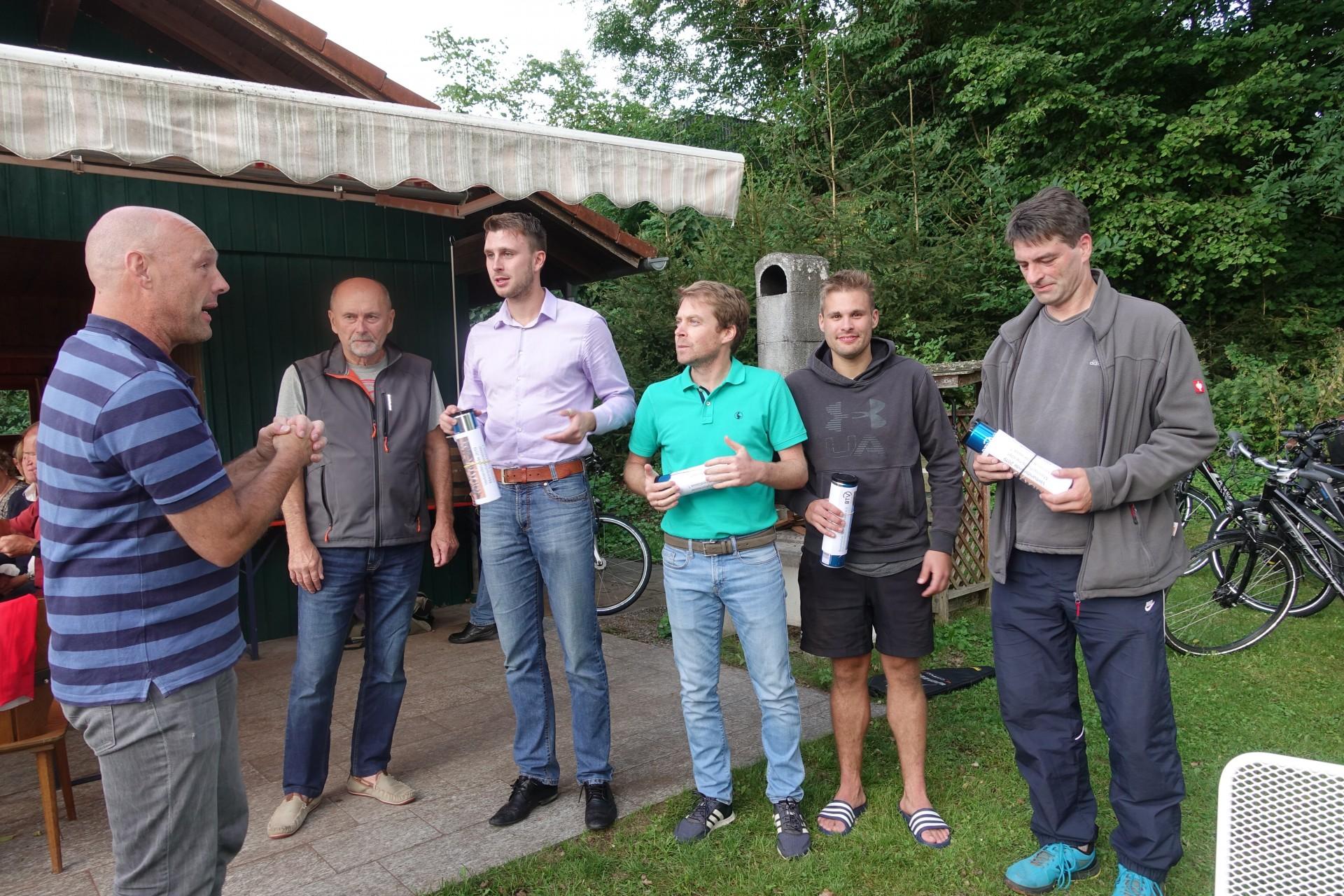 Gruppe Meister mit Vorstand 2